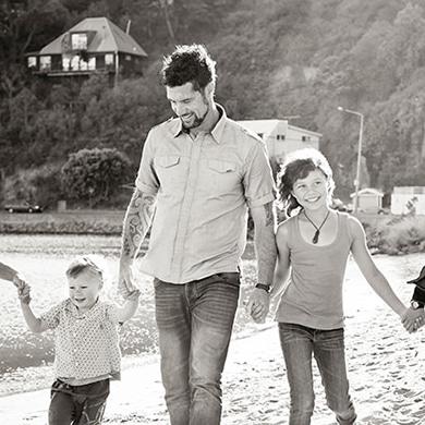Christchurch Photographer; Family Portraits Christchurch; Etta Images Christchurch Portrait Photographer