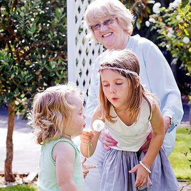 family portraits Christchurch; Christchurch Photographer; Etta Images Portrait Photographer